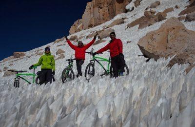 "Ojos del Salado. ""Drumețul"" de la Pegas, pe zăpadă, la 6000m altitudine"