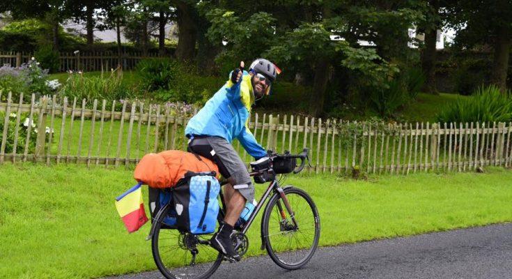 Turul Italiei, noua destinație a implantologului român ce străbate Europa pe bicicletă
