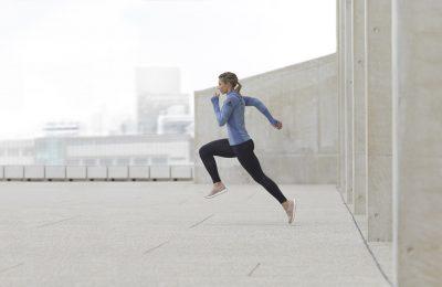 adidas UltraBoost Laceless revine în două variante de culori