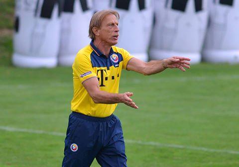 """Prelegere a lui Christoph Daum pe tema """"Orientări și tendințe în fotbalul actual"""""""