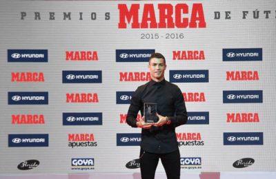 """Ronaldo a primit trofeul """"Alfredo Di Stefano"""" din partea cotidianului Marca"""
