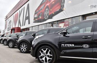 Jucătorii şi oficialii FC Steaua au primit maşini Kia