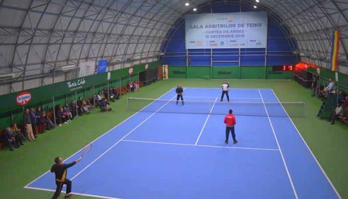 Ilie Năstase a jucat într-un meci demonstrativ din cadrul Galei Arbitrilor de la Curtea de Argeș