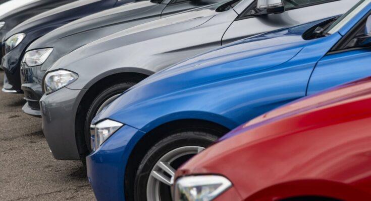 Șoferii inceptori și mașinile second hand